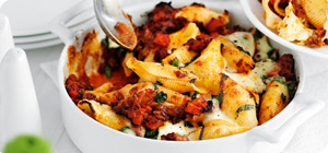 Beef ragù pasta bake - Recipes - Slimming World